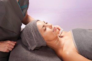 Hyaluronic anti aging facial | Grand Beauty Spa
