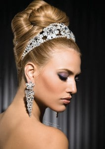 Hot Valentines Hairstyles | Sultry Updo