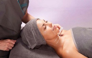 Hylaronic facial